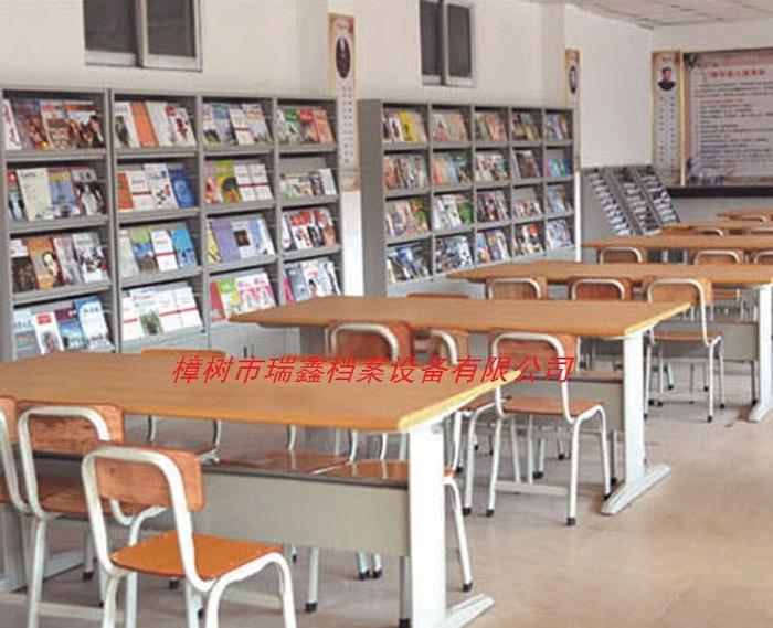 17阅览桌椅.jpg